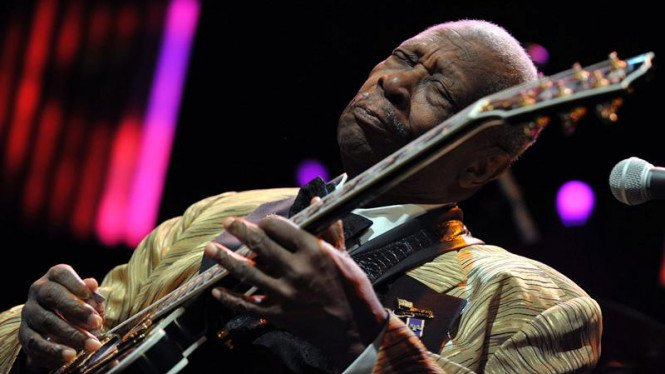 BB King tampil dalam 45th Montreux Jazz Festival