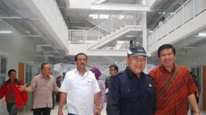 Ketua Komisi X DPR Mahyudin NS tinjau Wisma Atlet SEA Games