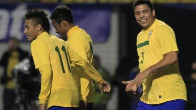 Neymar, Robinho & Ronaldo