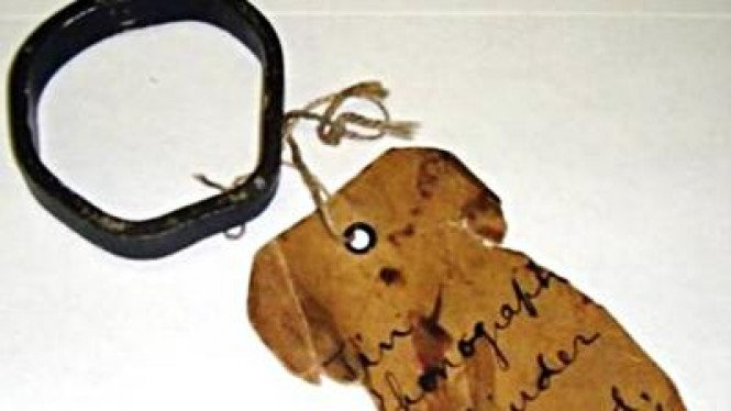 Perekam silinder timah dari boneka ciptaan Thomas Alva Edison