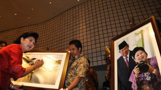 Ibu Negara RI Ani Yudhoyono
