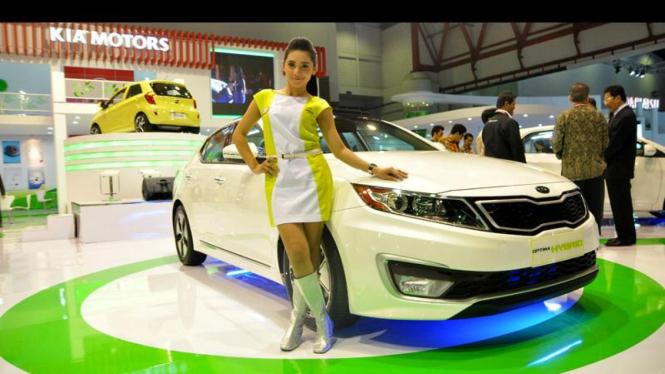 Mobil-mobil di IIMS 2011