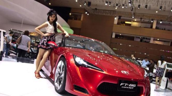 Toyota FT-8