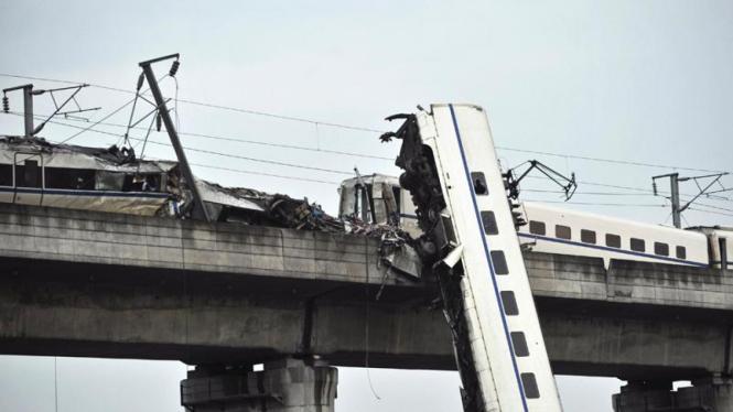 Kecelakaan kereta cepat cina