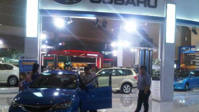 Gerai Subaru di IIMS 2011