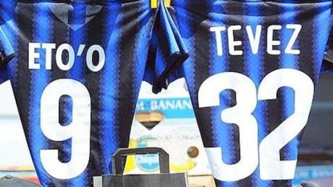 Kostum Inter Milan bertuliskan Tevez
