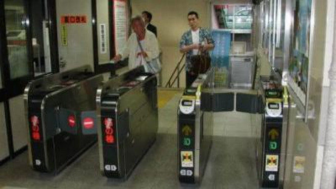 Ticket Counter di Jepang