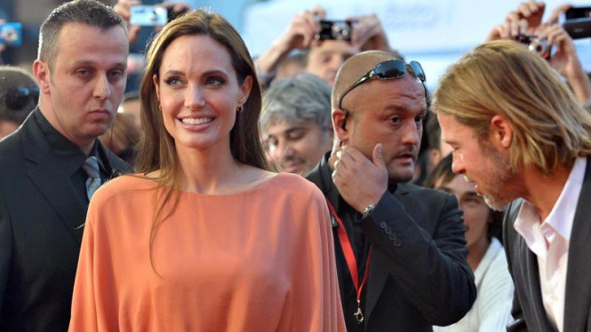 Angelina Jolie Raih Penghargaan di Bosnia