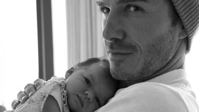 David Beckham dan Harper Seven