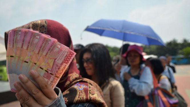 Penukaran Uang 2011
