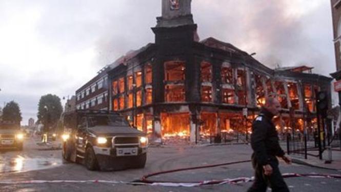 Kerusuhan di London, Inggris.