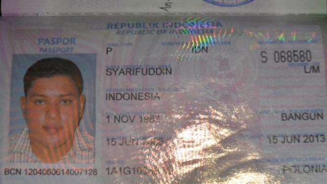 Pasport Nazaruddin