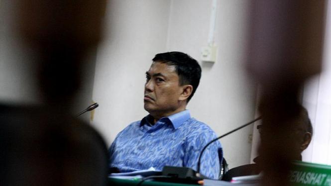 Mohammad El Idris Mendengarkan Kesaksian Rizal Abdullah