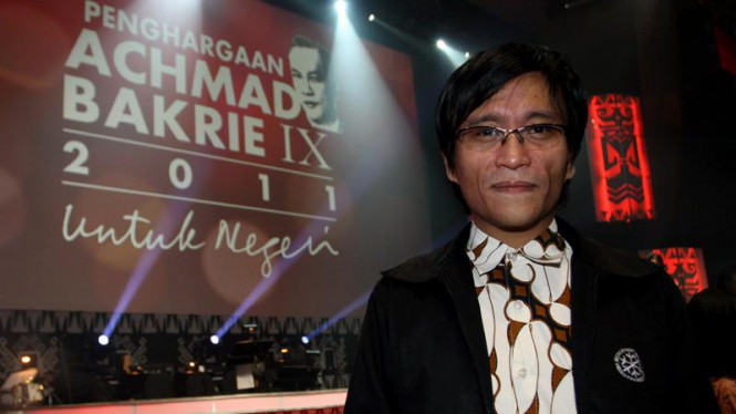 Hokki Situngkir di Penghargaan Achmad Bakrie IX 2011