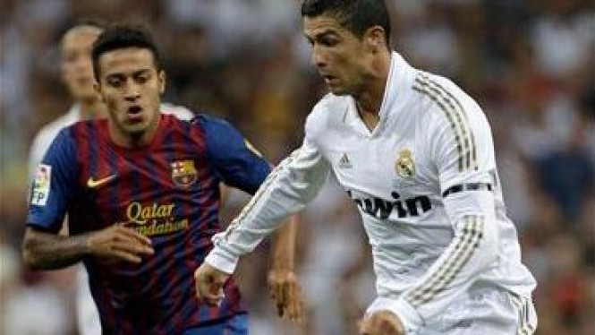 Cristiano Ronaldo (kanan) di Piala Super Spanyol