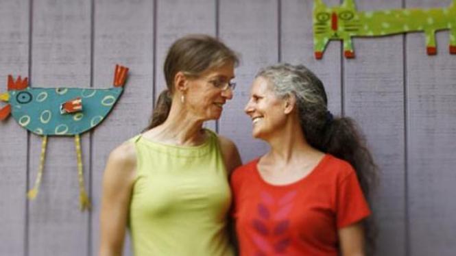Lina (kiri) dan Diane Daniel (kanan)