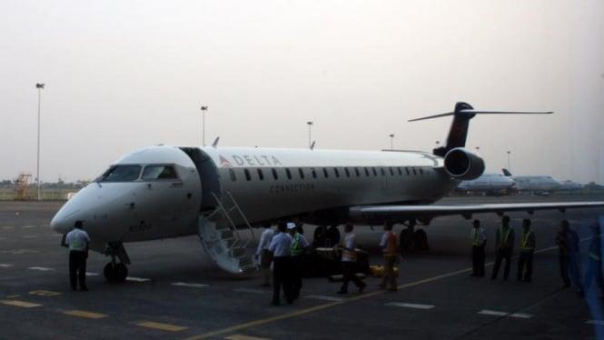 Demo Terbang Pesawat Bombardier CRJ700 NextGen