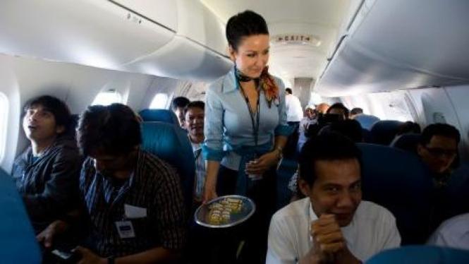 Uji coba pesawat Bombardier CRJ700 NextGen untuk Garuda Indonesia