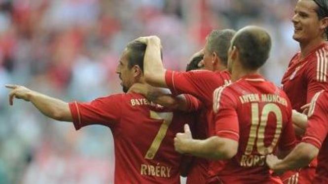 Pemain Bayern Munich rayakan gol