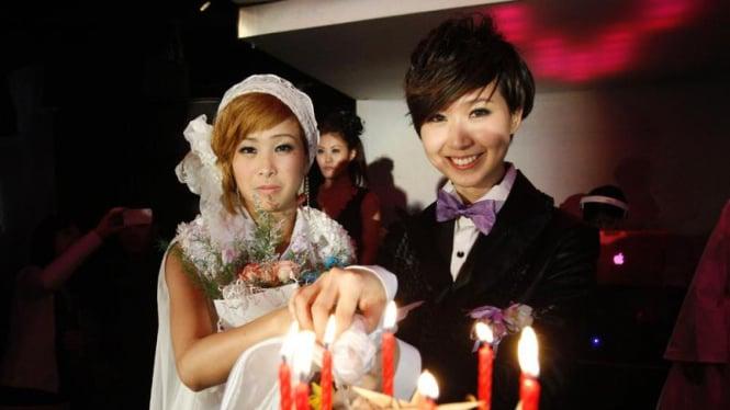 Pernikahan Lesbian