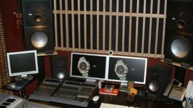 Ruangan siaran radio
