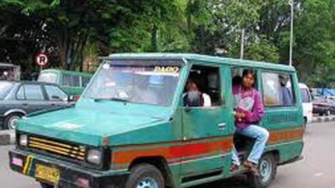 Ilustrasi Angkot