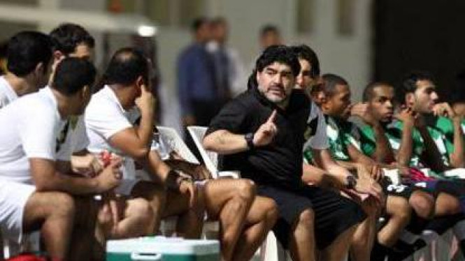 Diego Maradona (hitam)