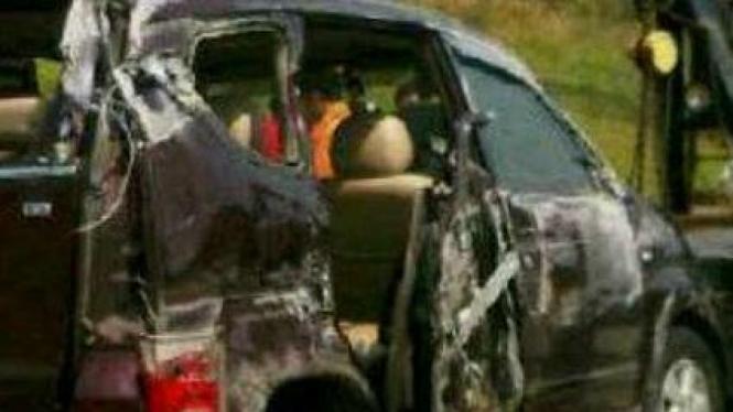 Mobil nahas yang dinaiki Saipul Jamil dan keluarga