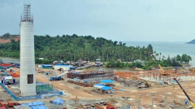 pembangunan PLTU Tanjung Kasam di Kabil, Batam, Kepri,