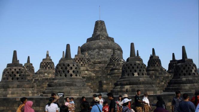 Libur Akhir Lebaran Ke Candi Borobudur