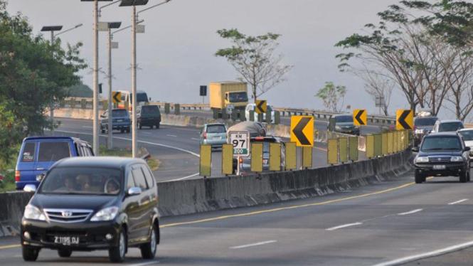 Ilustrasi suasana Tol Cipularang, Purwakarta, Jabar.
