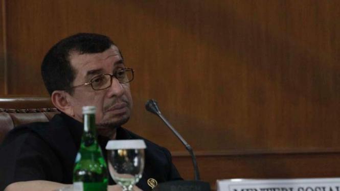 Mentri Sosial Dr. Salim Segaf al Jufri