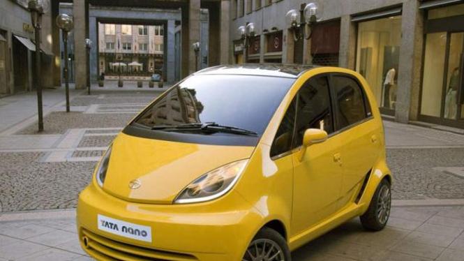 Gempuran mobil murah indonesia