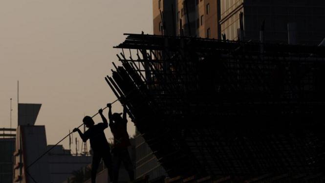 Pembangunan Jalan Layang Non Tol Kampung Melayu - Tanah Abang (Casablanca)