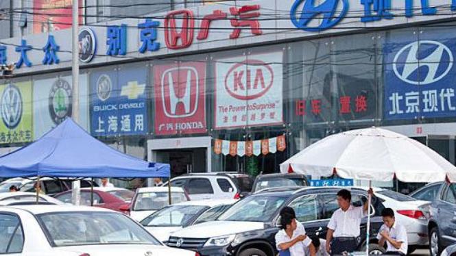 Pasar mobil di China