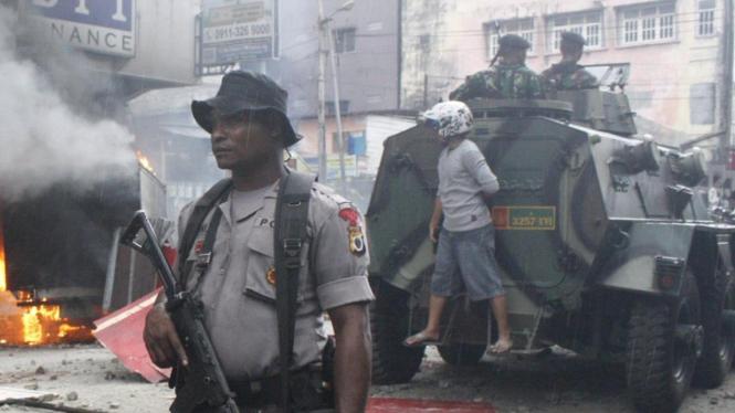 Pengamanan kerusuhan di Ambon (Foto: Abdul Karim / Ambon)