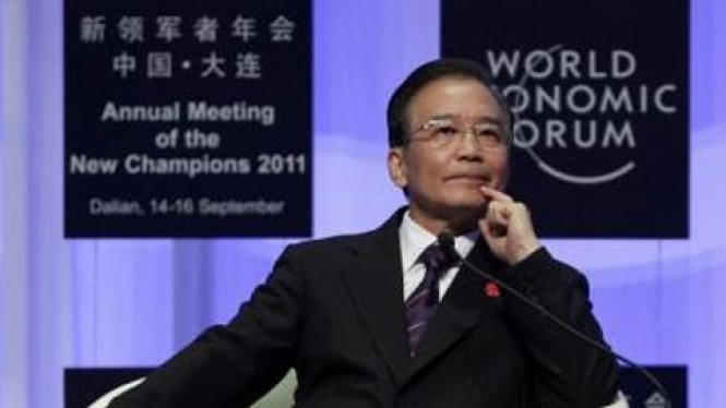 PM China Wen Jiabao pada World Economy Forum 2011 di Dailan