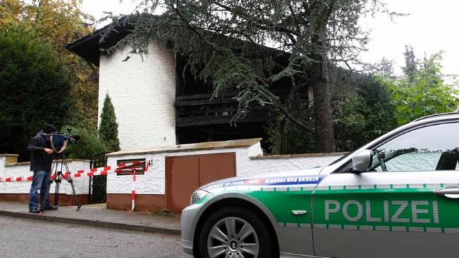 Kebakaran vila Breno Borges