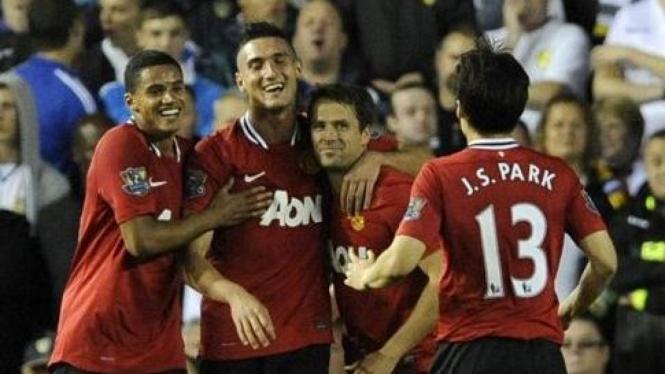 Pemain Manchester United merayakan kemenangan atas Leeds United