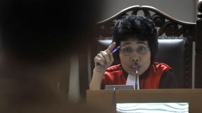 Hakim Albertina Ho
