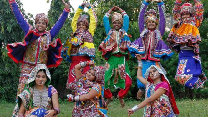 Penari Garba di India
