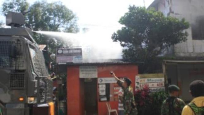 Kebakaran toko di Ambon