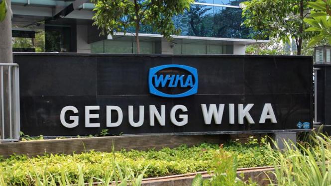 Gedung Wijaya Karya di Jalan DI Panjaitan, Jakarta