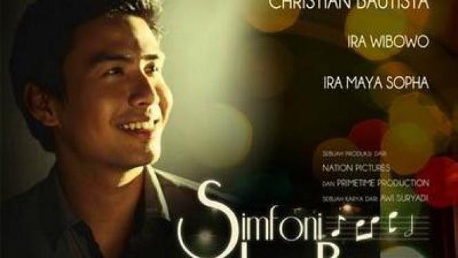 Poster Film Simfoni Luar Biasa