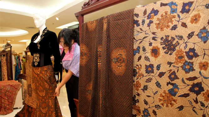 """Pameran Batik """"Pasaraya Tribute To Batik"""""""