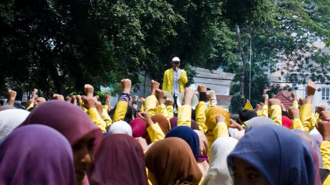 Aksi Demo Mahasiswa UI Di Salemba