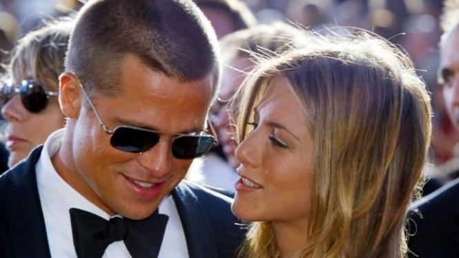 Brad Pitt dan Jennifer Aniston saat masih jadi suami istri.