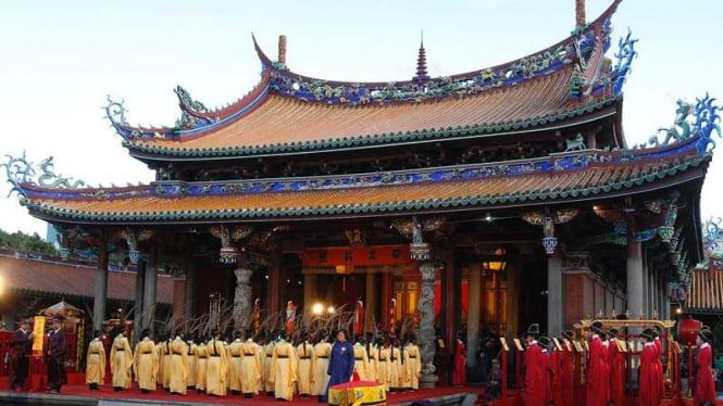 Perayaan ulang tahun Konfusius di Taiwan
