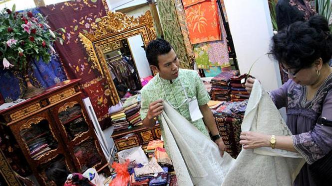 Koleksi Batik di World Batik Sumit 2011