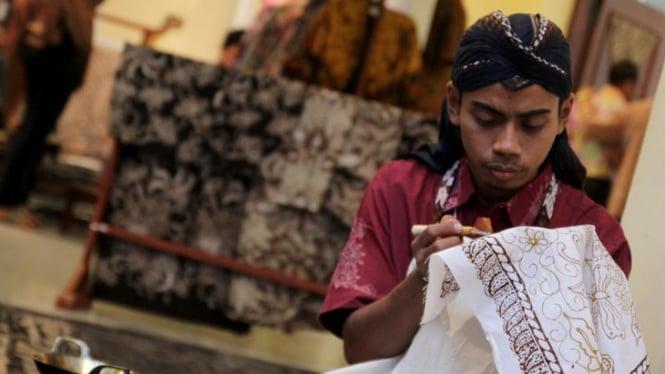 Batik Tulis di World Batik Summit 2011